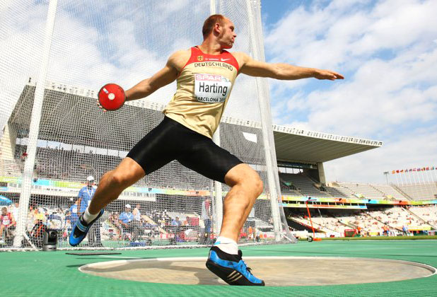 Robert Harting won Gdold during London Olympic wearing Lifewave patches testimonios